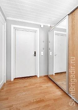 Куда должны открываться входные двери